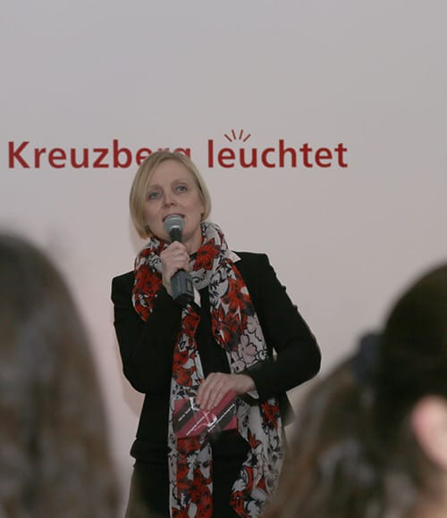 Kreuzberg leuchtet Dialog