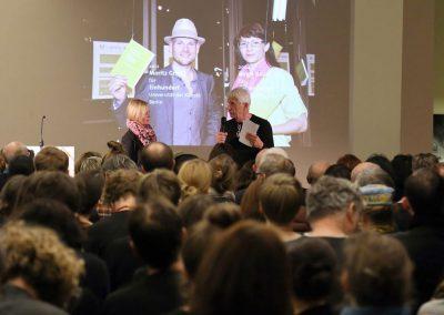 bf-preis 2016 / Preisverleihung – Benita Braun-Feldweg, Ausloberin und Egon Chemaitis, Vorsitzender Jury