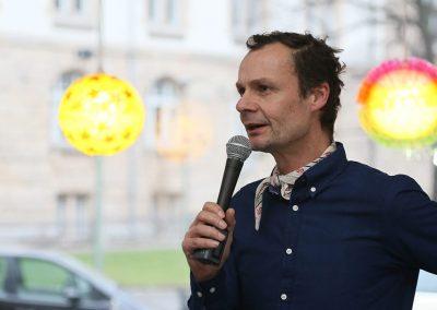 Kreuzberg leuchtet Dialog / Lutz Geburtig, Rektor Kurt Schumacher Grundschule
